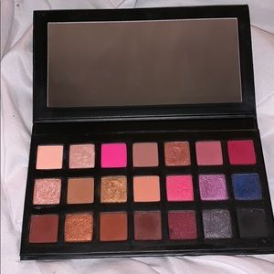 Sipping Pretty Eyeshadow Palette